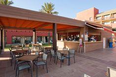 En el chiringuito del hotel ILUNION Calas de Conil podrás disfrutar de nuestro todo incluido. www.ilunioncalasdeconil.com #hotel #todoincluido #Conil