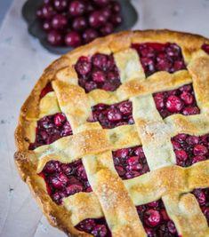 Cherry pie Cherry, Desserts, Cakes, Blog, Tailgate Desserts, Deserts, Cake Makers, Kuchen, Postres