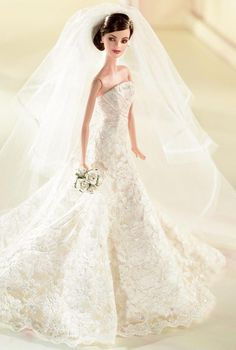 >Carolina Herrera Bride Barbie.(b) Platinum Label. RD:10/1/2005.  PC:J6771.