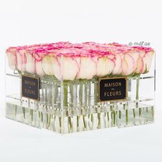 Luxury Re-Defined  #maisondesfleurs#acryllicboxes#roses
