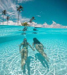 Summer time 😎 summer time в 2019 г. underwater photography, travel и beach photos. Underwater Photos, Underwater Photography, Nature Photography, Surf Girls, Beach Girls, Summer Pictures, Beach Pictures, The Beach, Foto Pose