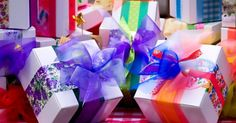 Presents, Gift Wrapping, Gifts, Gift Wrapping Paper, Wrapping Gifts, Favors, Wrap Gifts, Gift, Gift