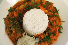Kissoja & Kasvisruokaa: Porkkana-Linssicurry - Edullista kasvisruokaa