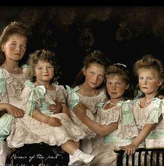 Olga, Alexis, Tatiana, Maria and Anastacia Romanov - 1906.