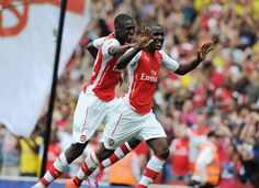 Arsenal 5 Benfica 1 - Our two strikers on the day celebrate some great goals!