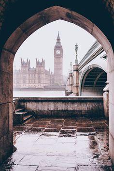 London, England [2507 x 3760][OC]