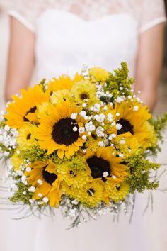 Sunflower wedding bouquet www.MadamPaloozaEmporium.com www.facebook.com/MadamPalooza