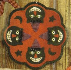 Primitive Folk Art Wool Applique Pattern: Spooky Cat Candle Mat