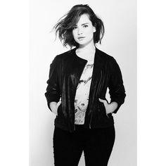 Tara Lynn. Instagram: http://instagram.com/taralynn/