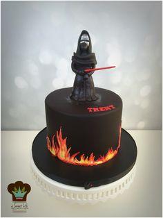 Kylo Ren birthday cake from A Sweet Life www.asweetlifetx.com www.facebook.com/asweetlifetx