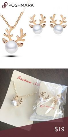 ✨NWT✨ Gold Pearl Reindeer Necklace & Earrings Set New with tags! Adorable gold tone pearl reindeer necklace and earrings. You don't have to pick one...you get both! Perfect for gift giving. ***No Trades*** Jewelry Earrings