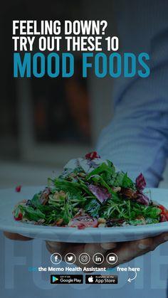 Feeling a bit under the weather? Bring back the feelings and emotions of spring, the time of the year when nature promises new life and new hope with these 10 everyday mood-boosting foods. Food F, Food Porn, Health App, Health And Wellness, Nutrients In Vegetables, Anti Oxidant Foods, Kale And Spinach, Proper Diet, Food Photography