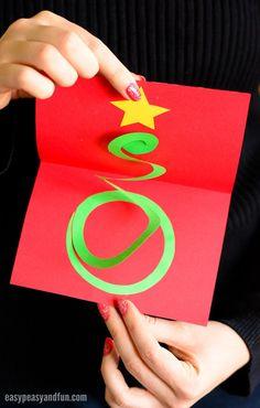 Arte de tarjeta de árbol de Navidad espiral para niños