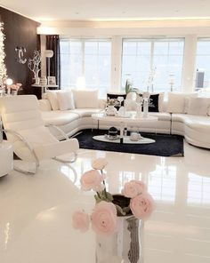 [New] The Best Home Decor (with Pictures) These are the 10 best home decor today. According to home decor experts, the 10 all-time best home decor. Living Room Decor Cozy, Interior Design Living Room, Living Room Designs, Bedroom Decor, Home Decor Inspiration, Home And Living, Haircut Styles, Short Haircut, Thin Hair