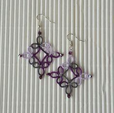 Tatted Earrings by Nuccia. Lizbeth n. 20 Purple Marble (#173)