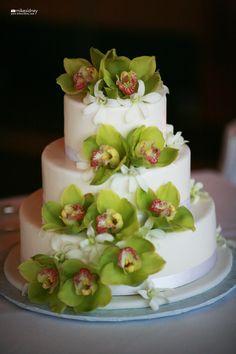 3-tier Maui wedding cake with green cymbidium orchids / www.mikesidney.com