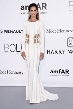 Pin for Later: Catch All the Glamour From the Most Stylish Fashion Party in Cannes Izabel Goulart Wearing Zuhair Murad.