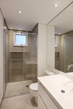 Banheiro cinza e branco | Projeto by Dani Momoi Arquiteta