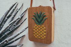 Grav Grav: Bolsos de madera que se mezclan con patrones de naturaleza | Undermatic