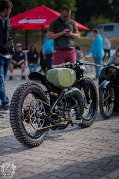 Custom Moped, Custom Motorcycles, Custom Bikes, Cars And Motorcycles, Tracker Motorcycle, Cafe Racer Motorcycle, Motorcycle Art, Moped Scooter, Vespa