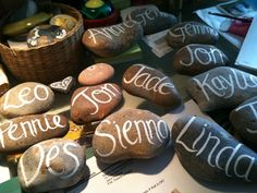 Names on pebbles for Weddings or parties / Anything Arty