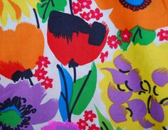 BOLD floral cotton  fabric with big mod flowers gorgeous COTTON by vintageinspiration on Etsy