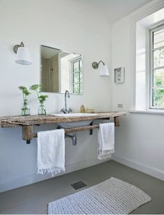 Casa Escandinava Rustica con Aire Wabi Sabi / Rustic Scandinavian House with Wabi Sabi Touch Bathroom Renos, Laundry In Bathroom, Wood Bathroom, Bathroom Ideas, Bathroom Taps, Wood Sink, Bathroom Designs, Simple Bathroom, White Bathroom