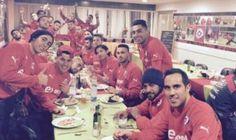 El defensa de la selección chilena publicó una foto en la red social.