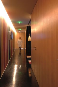 XYZ Arquitectos Associados - Gabinete Médico - Matosinhos - Portugal - interior design - office - Secto pendant light Secto Design