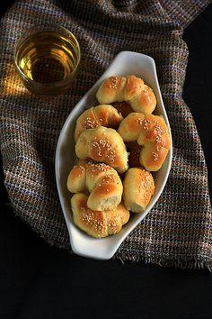 kiflice (serbian cheese rolls) I Love Food, Good Food, Yummy Food, Kiflice Recipe, Macedonian Food, Cheese Rolling, Croatian Recipes, English Food, Croatia