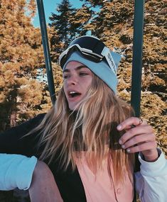 & a freakin photoshoot on the ski lift Snow Pictures, Cute Pictures, Skii Outfit, Summer Mckeen, Ski Lift, My Vibe, Ski And Snowboard, Travel Pictures, Winter Wonderland