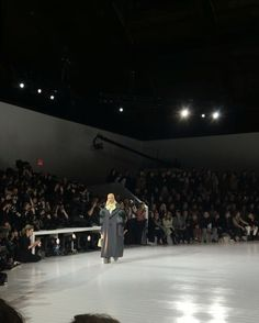 Pin for Later: Watch Lady Gaga and Kendall Jenner Take the Runway at Marc Jacobs — If You Can Recognize Them Lady Gaga Nailed Her Walk Down the Runway