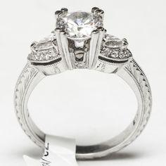 HT2358 Tacori Diamond Platinum Engagement Ring #Tacori #SolitairewithAccents