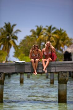 Gotta take a pic like this with my best friend! @Olivia García García Henderson   Let's do this when we go to the beach!