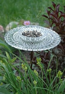 Bird feeder from cake plate and a bowl