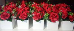 Arranjos de mesas  de flores artificiais