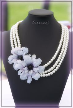 pearl necklace with blue sospeso flowers Art N Craft, Diy Art, Decoupage Printables, Decoupage Art, Arts And Crafts, Diy Crafts, Shape And Form, Rice Paper, Flower Making