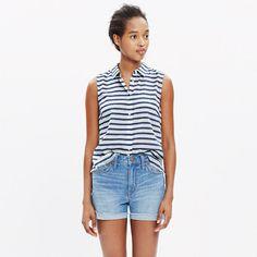 A fresh sleeveless shirt with a swingy fit (see: the inverted box pleat in back). A frayed hem gives this striped style a cool fringy finish. <ul><li>True to size.</li><li>Cotton/acetate/nylon.</li><li>Machine wash.</li><li>Import.</li></ul>