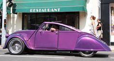 2CV tuneado Manx, Ducati, Art Deco Car, Normal Cars, Unique Cars, Kit Cars, Automotive Design, Amazing Cars, Car Car