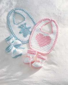 Free Pattern  Matching bib and booties sets - you choose the theme - Sweet hearts or adorable teddy bears. Shown in Lily Sugar'n Cream.