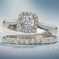Sparkles so beautiful, love this Wedding Ring!!!