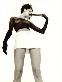 Dazed & Confused August September 1994, It's Not What You Wear, It's The Way You Wear ItSalo & Séverine