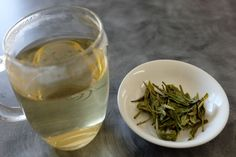 Tea Tasting: Premium Dragon Well Long Jing Green Tea from Teavivre