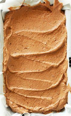 Baking pan filled with a batch of our No-Churn Vegan Chocolate Ice Cream recipe Vegan Treats, Vegan Foods, Vegan Desserts, Dessert Recipes, Chocolate Ice Cream, Vegan Chocolate, Frozen Desserts, Frozen Treats, Sin Gluten