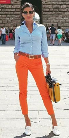 Cute outfit for those who prefer bright colored orange pants. If you can rock this style. Mode Outfits, Casual Outfits, Summer Outfits, Fashion Outfits, Womens Fashion, Casual Wear, Paris Chic, Pantalon Orange, Work Fashion