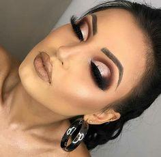 Cut Crease: veja como fazer esse tipo de maquiagem crease step by step cut crease crease natural crease spoon Eye Makeup Tips, Makeup Blog, Makeup Kit, Makeup Inspo, Makeup Inspiration, Makeup Geek, Makeup Products, Makeup Ideas, Cute Makeup