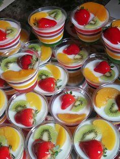 Jello Desserts, Fancy Desserts, Summer Desserts, Delicious Desserts, Dessert Recipes, Mini Dessert Cups, Dessert Boxes, Thai Dessert, Unique Recipes