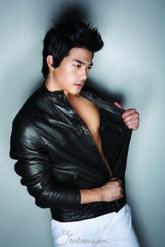 kim ji hoon!!! Love him in the Flower Boy Next Door!!!! #Kdrama