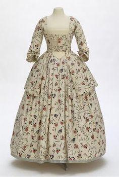 Chintz fabric dress. c. 1750 or so.