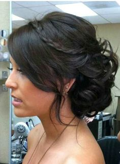 Bridesmaids hair style? Love it!